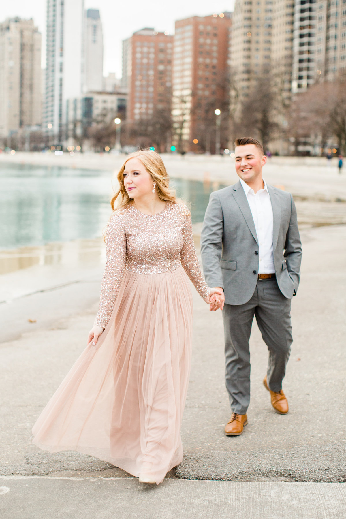 lindsey-taylor-photography-north-avenue-beach-chicago-engagement-photographer8