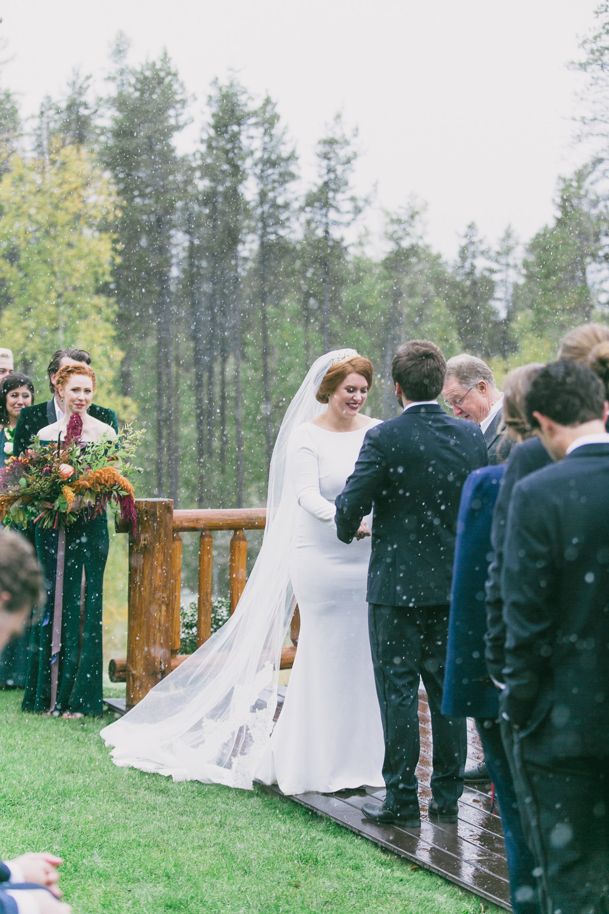 Jennifer_Mooney_Photography_Abbey_Stephen_Fall_Winter_Glacier_Park_Elopement-154