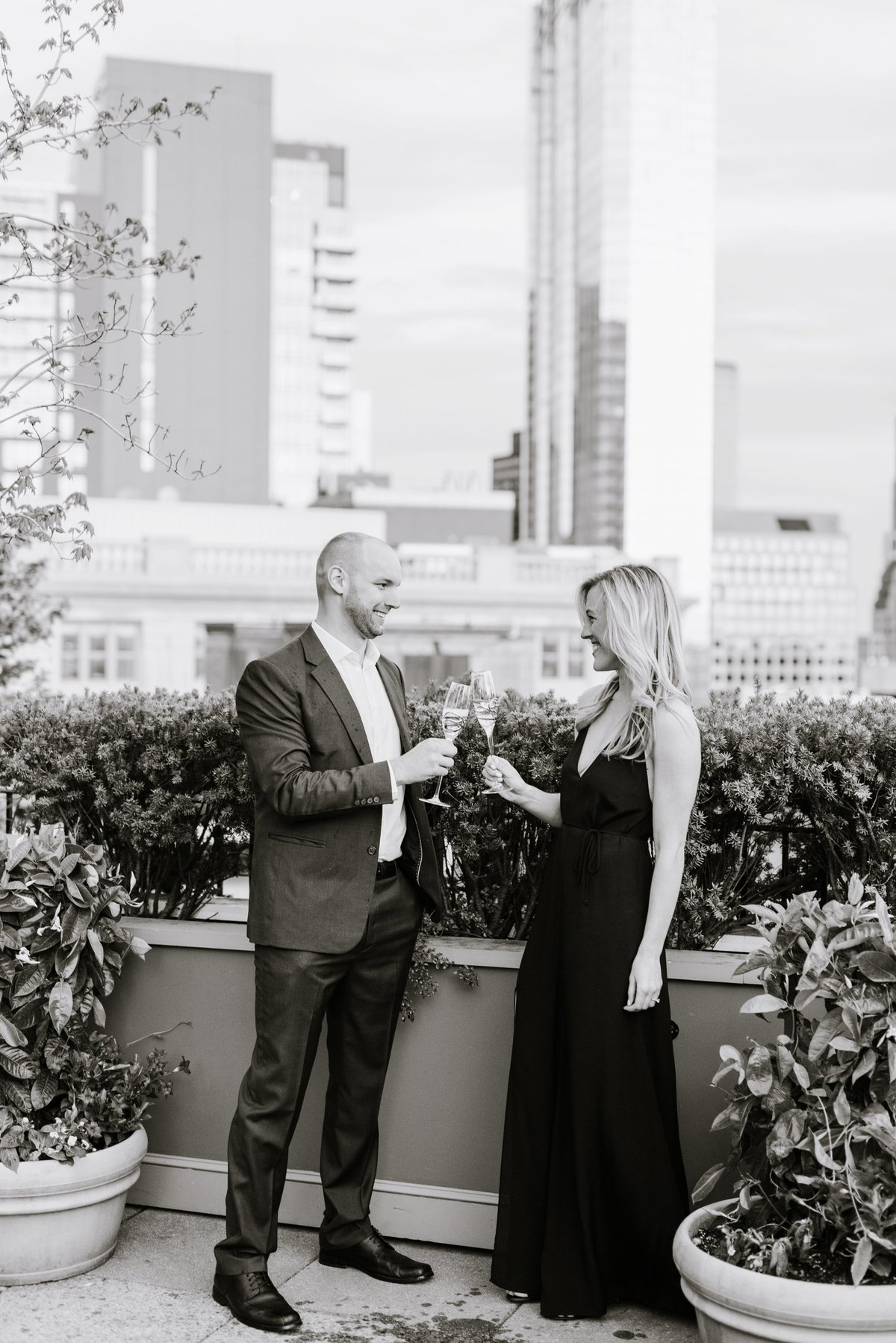 seaport-district-beacon-hill-engagement-session-boston-wedding-photographer-photo_0030