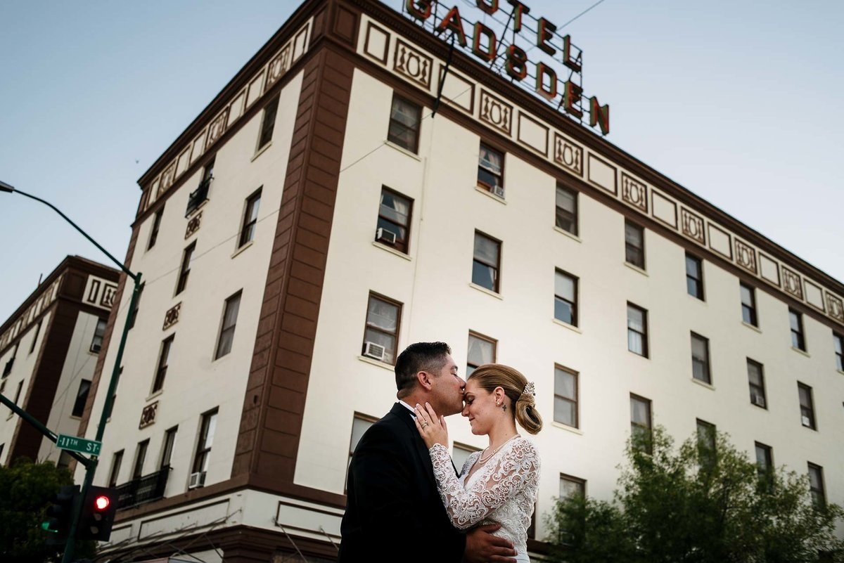 WEDDING AT HOTEL GADSDEN IN DOUGLAS ARIZONA-wedding-photography-stephane-lemaire_90