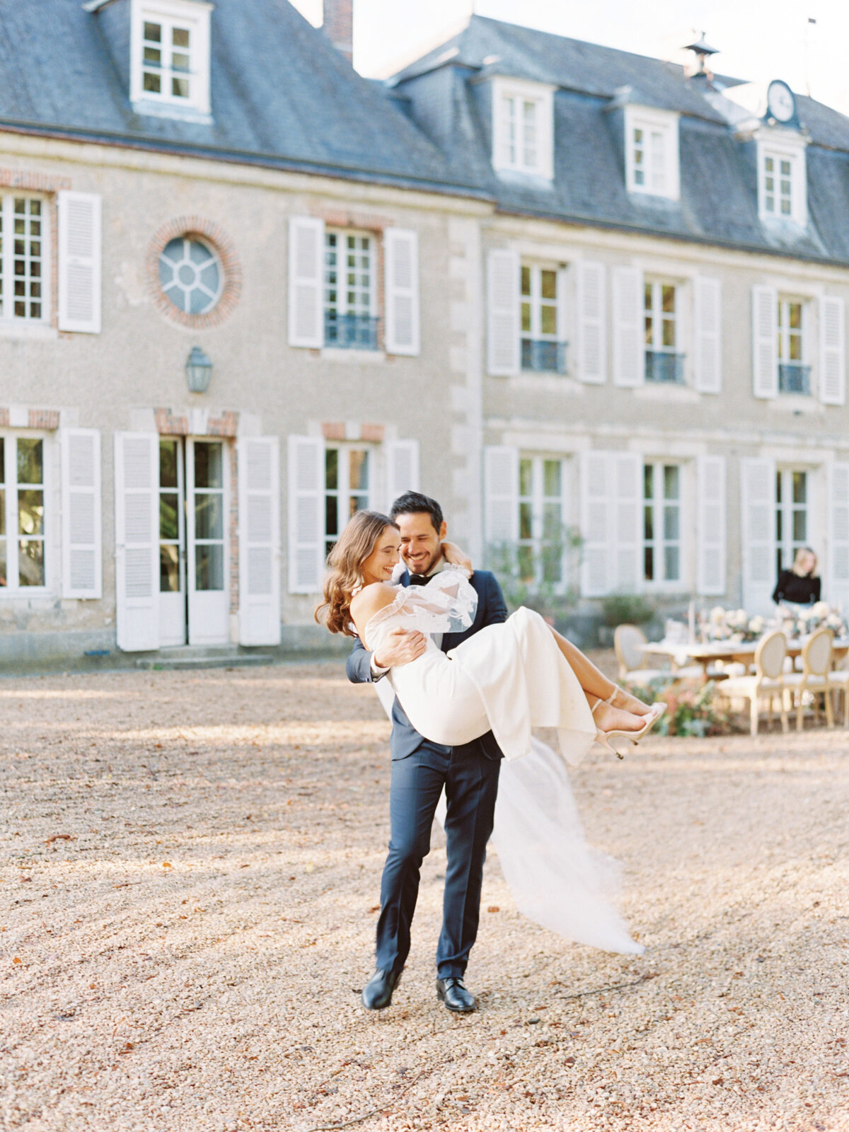 chateau-bouthonvilliers-wedding-paris-wedding-photographer-mackenzie-reiter-photography-62