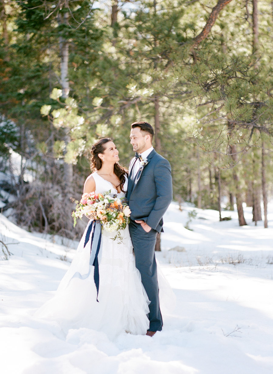 Kristen Joy Photography - Nevada Forest Elopement -900px lon-0022