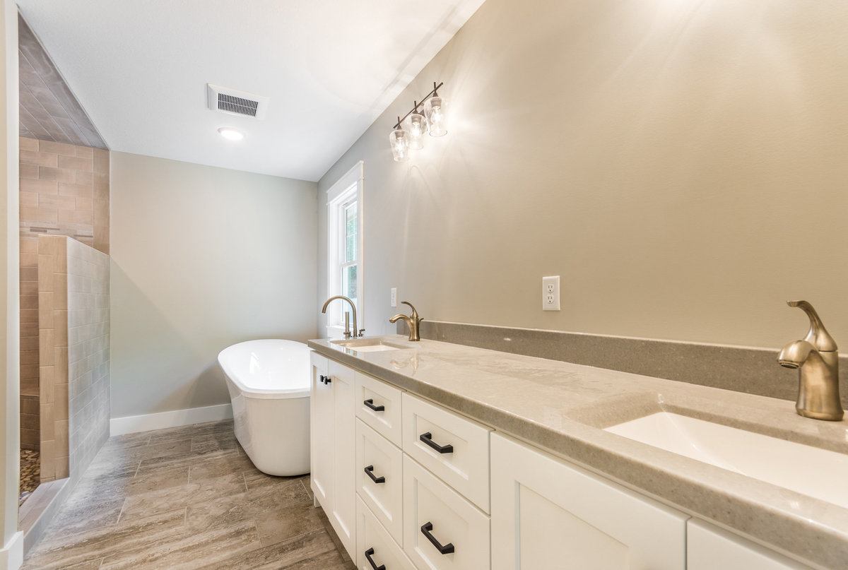 2017-08-10_153Bethany_Duell-remodel_bath3