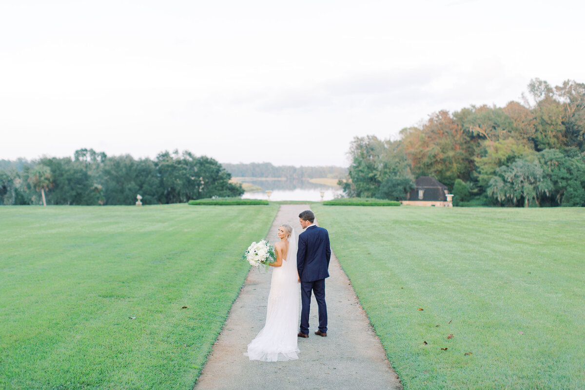 Melton_Wedding__Middleton_Place_Plantation_Charleston_South_Carolina_Jacksonville_Florida_Devon_Donnahoo_Photography__0789