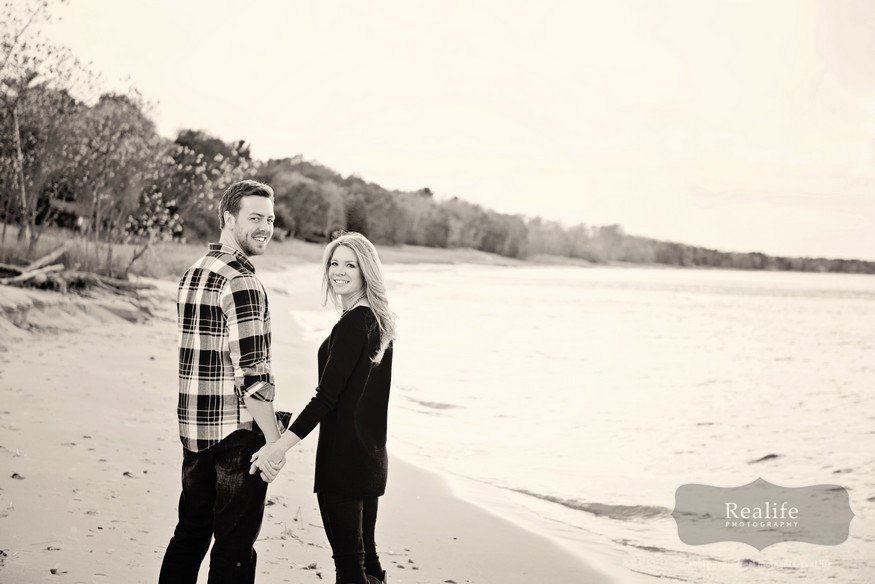 Sheboygan_engagement_elkhart_wedding_013