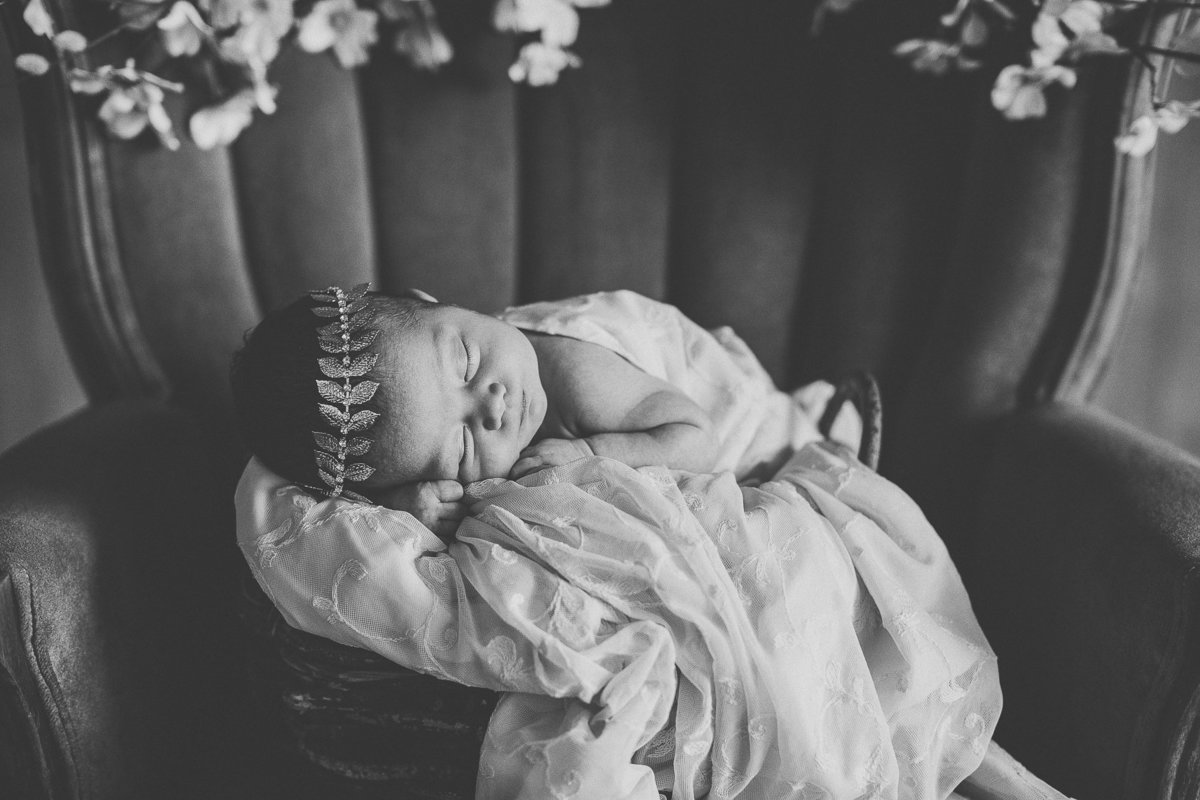 newborn-baby-girl-SHphotography-5