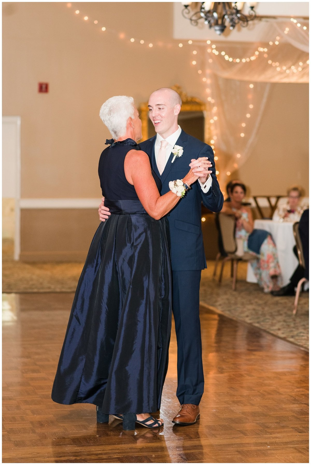 columbus ohio wedding photos brookside golf and country club outdoor wedding_0103