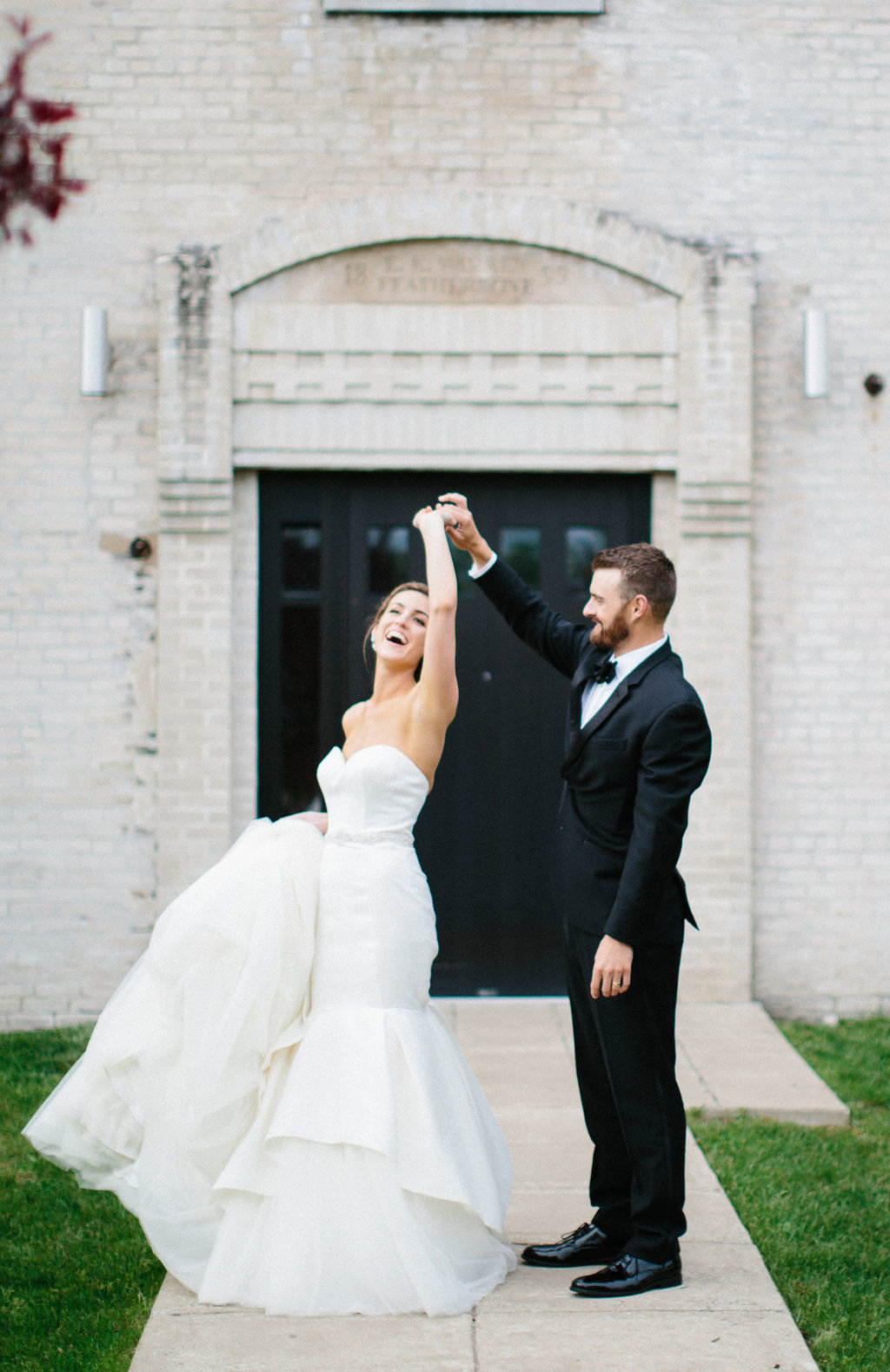 Kristina Lorraine Photography Lake Geneva Journeyman Distillery Wedding00009