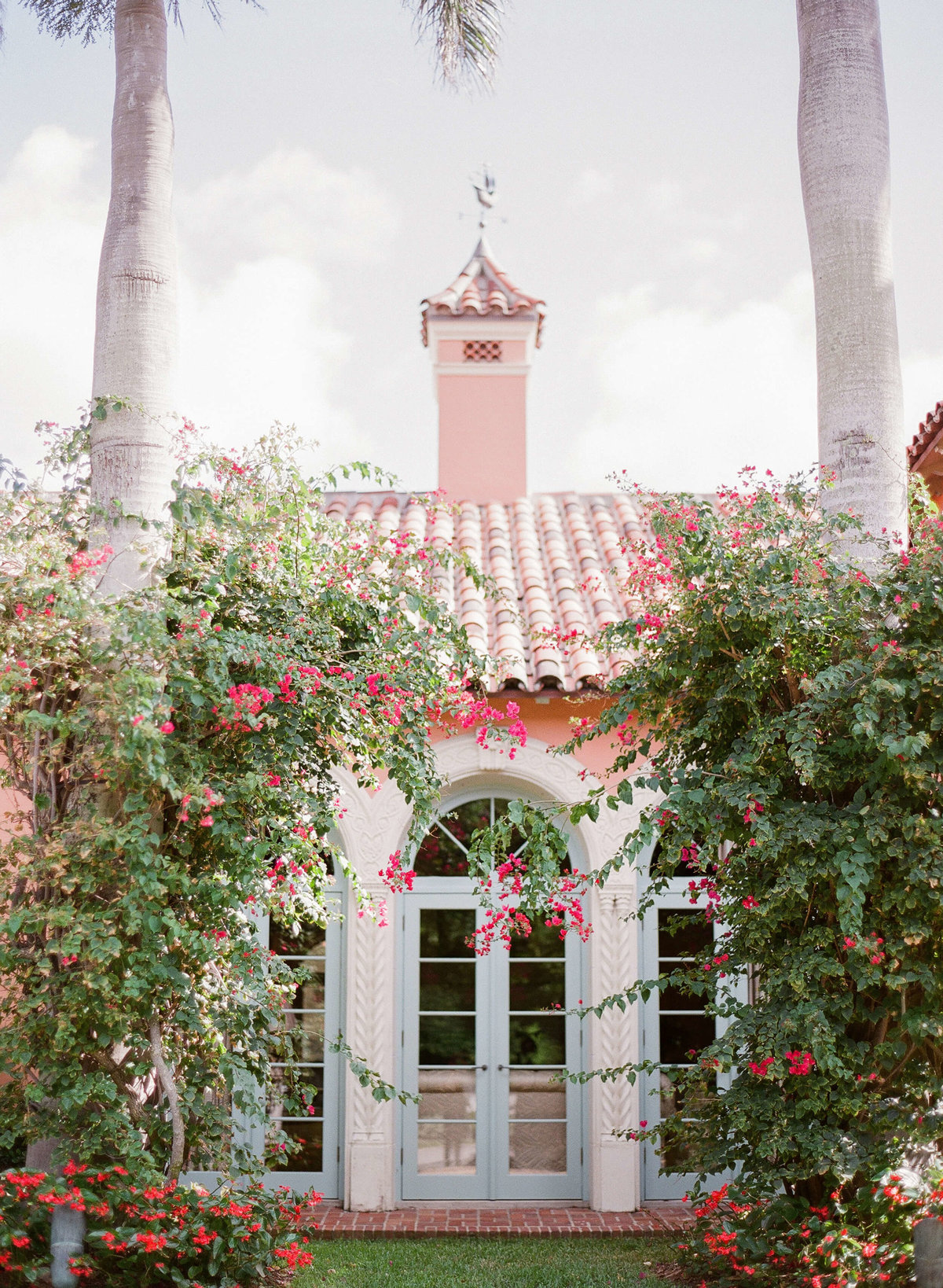 36-KTMerry-wedding-photography-Palm-Beach-home-exterior