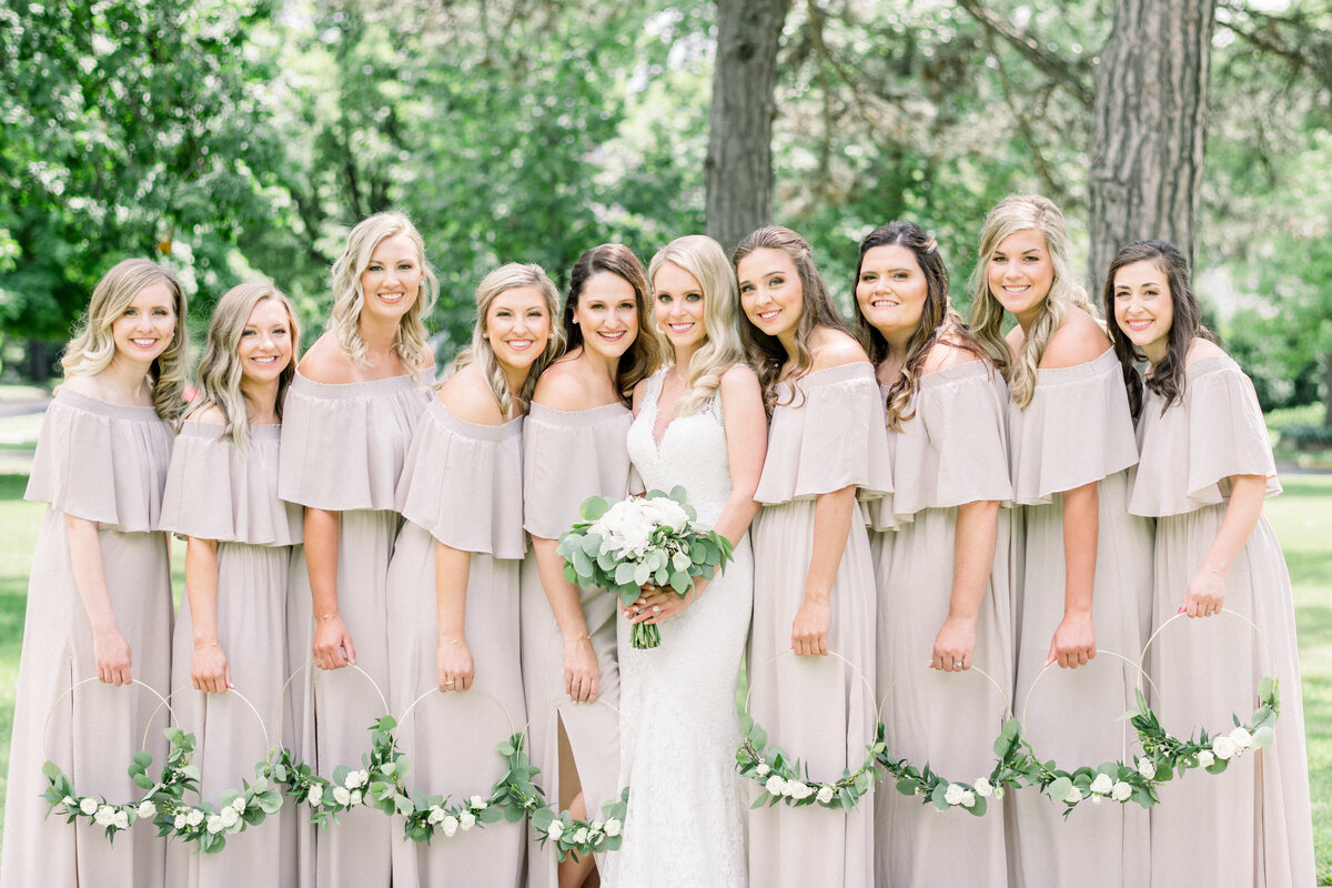 Minnesota wedding photographer, Minneapolis wedding photographer, Minnesota luxury photographer, minnesota light and airy photographer, minnesota light and airy wedding photographer