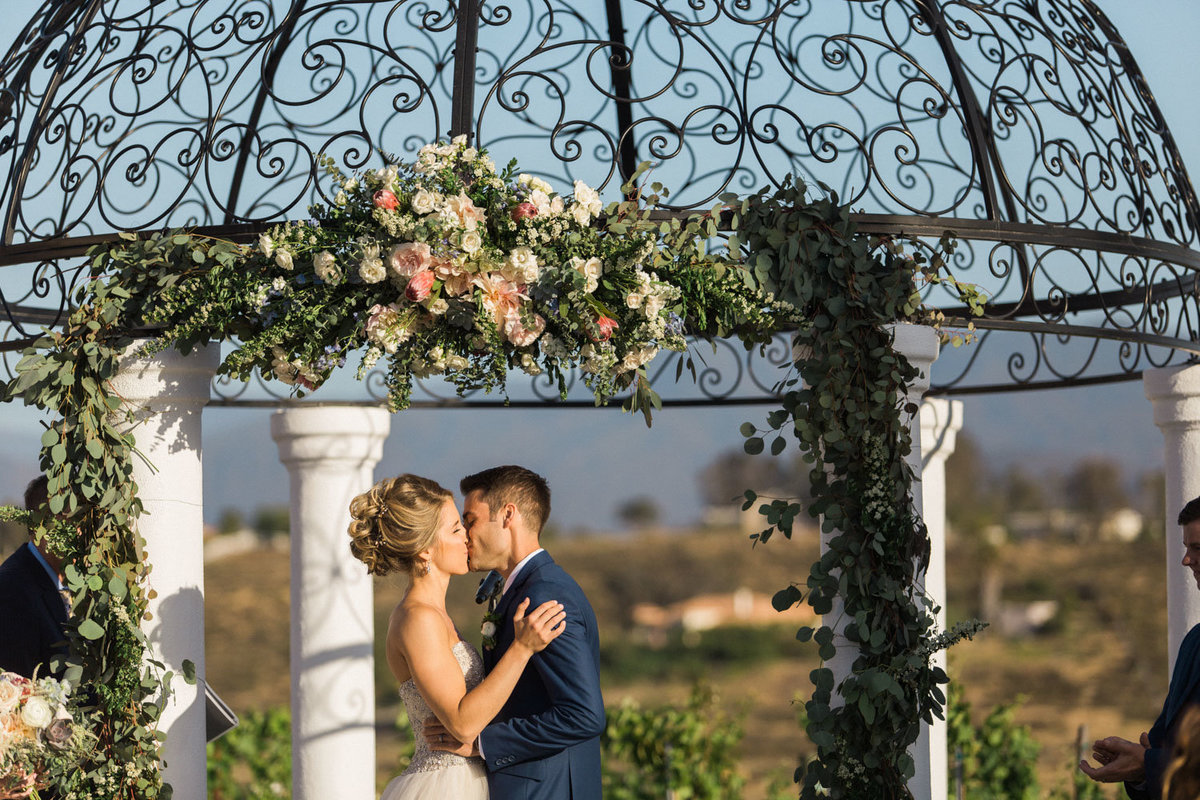69_Temecula_Winery_Weddings_Photographers