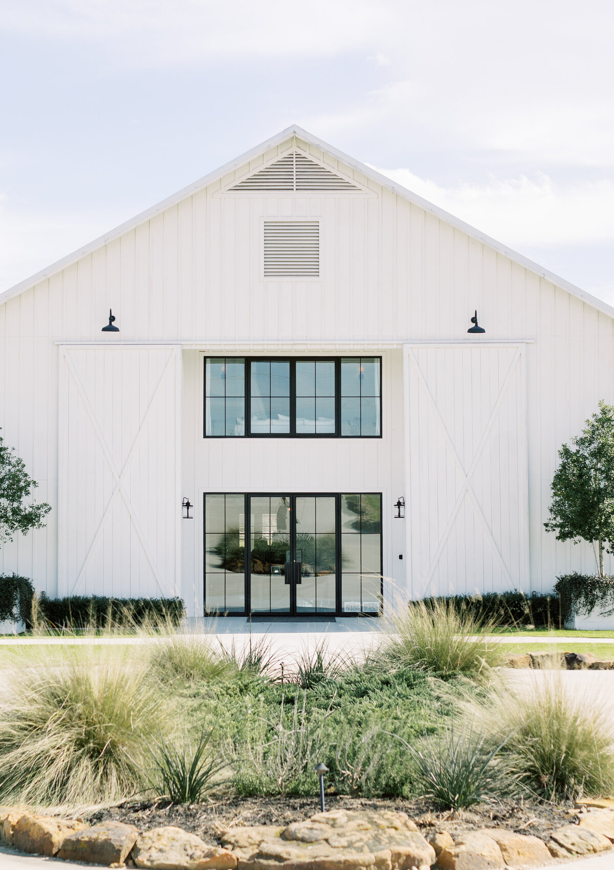 the-farmhouse-wedding-houston-texas-wedding-photographer-mackenzie-reiter-photography-43