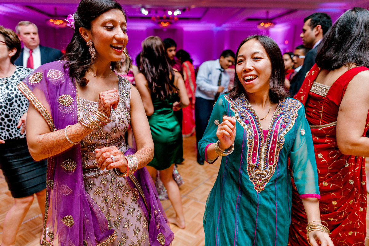 hindu-indian-wedding-photographer-virginia-beach089