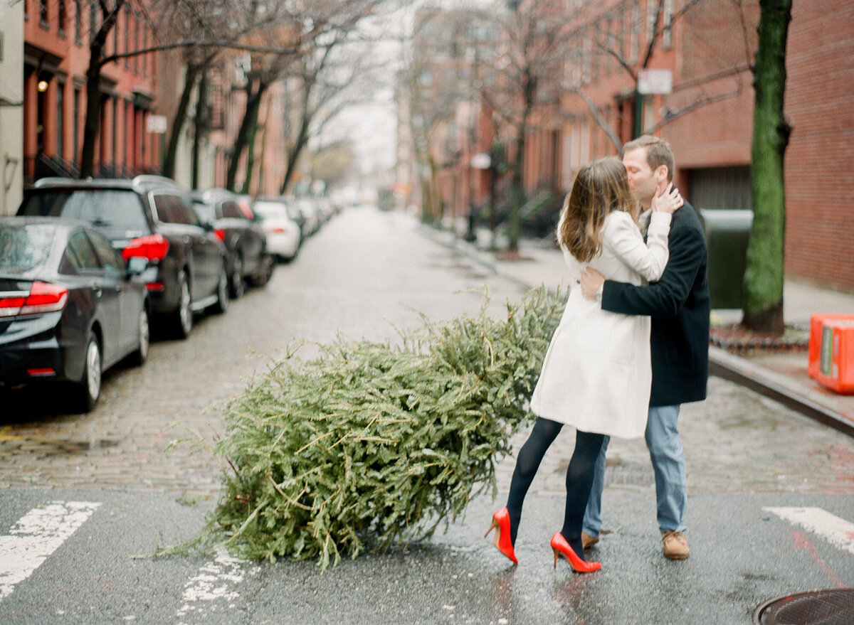 608 TWAH-DOUGHERTY-NYC-ENGAGEMENT-SESSION