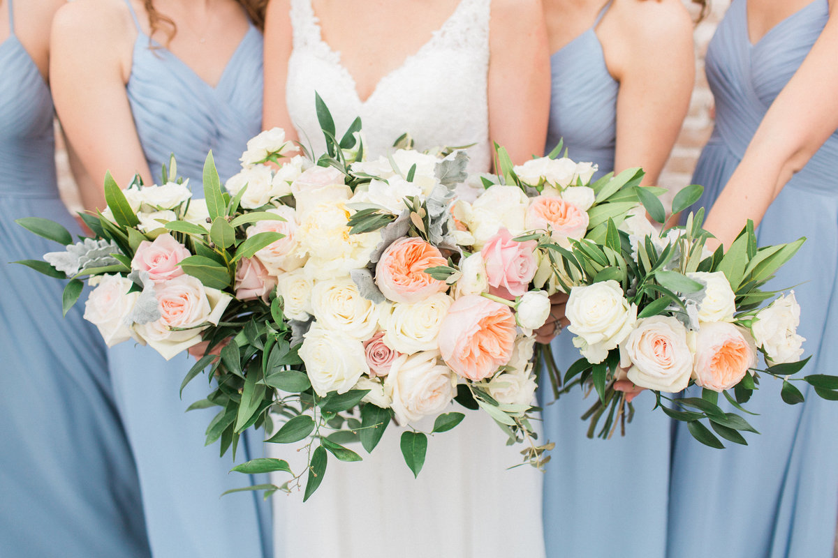 Houston Wedding-Bridesmaids photos and flowers