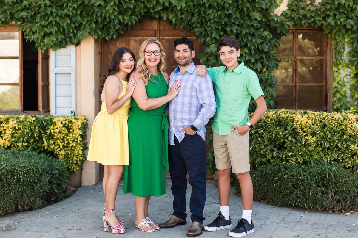 Rodriguez Family 2020 Favorites-402