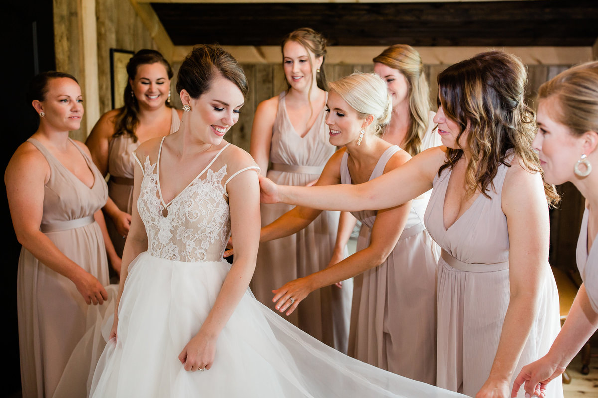 Danielle-Defayette-Photography-Middle-Fork-Barn-Wedding-Bristol-124