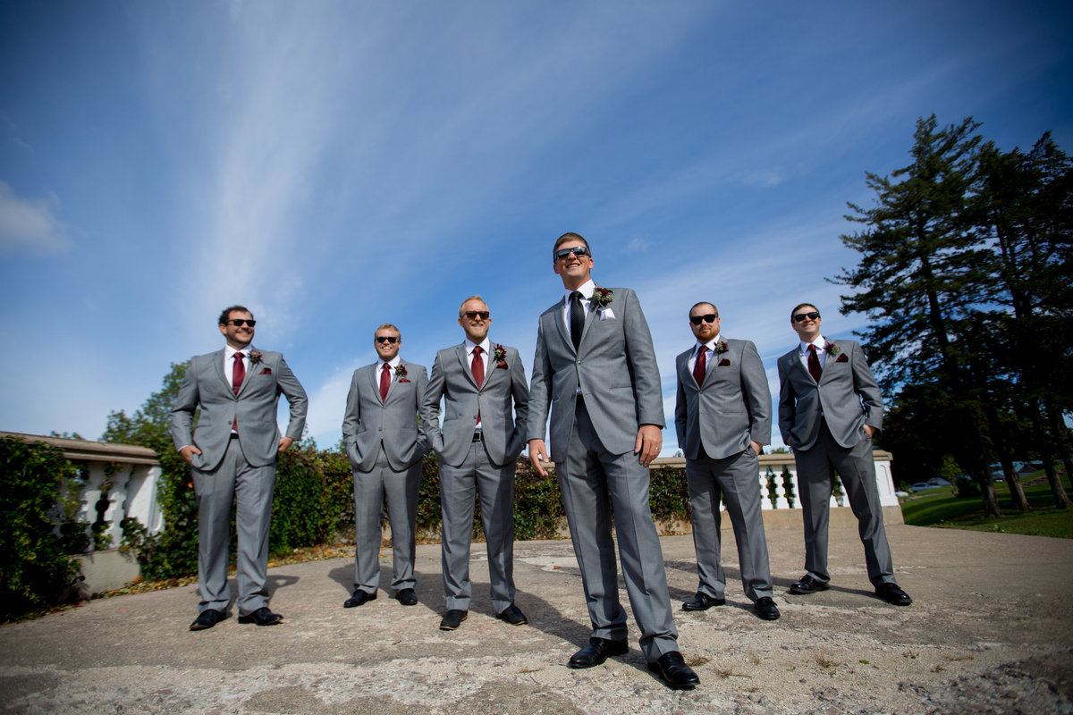 groom-groomsmen-sioux-falls