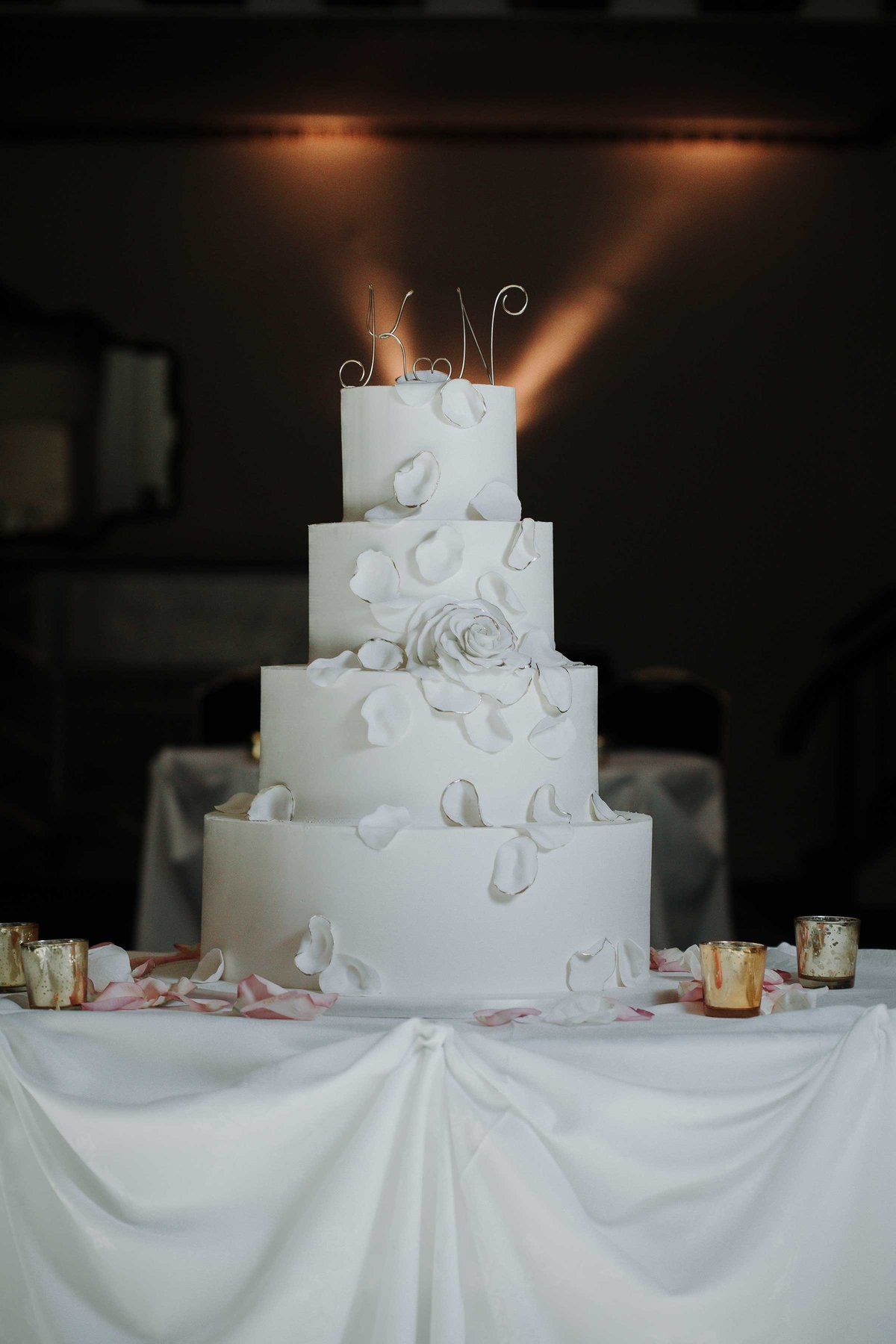 knickerbocker-wedding-cake