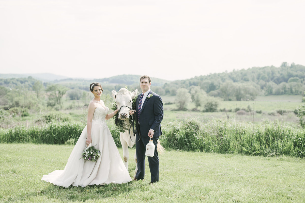 Monica-Relyea-Events-Alicia-King-Photography-Globe-Hill-Ronnybrook-Farm-Hudson-Valley-wedding-shoot-inspiration12