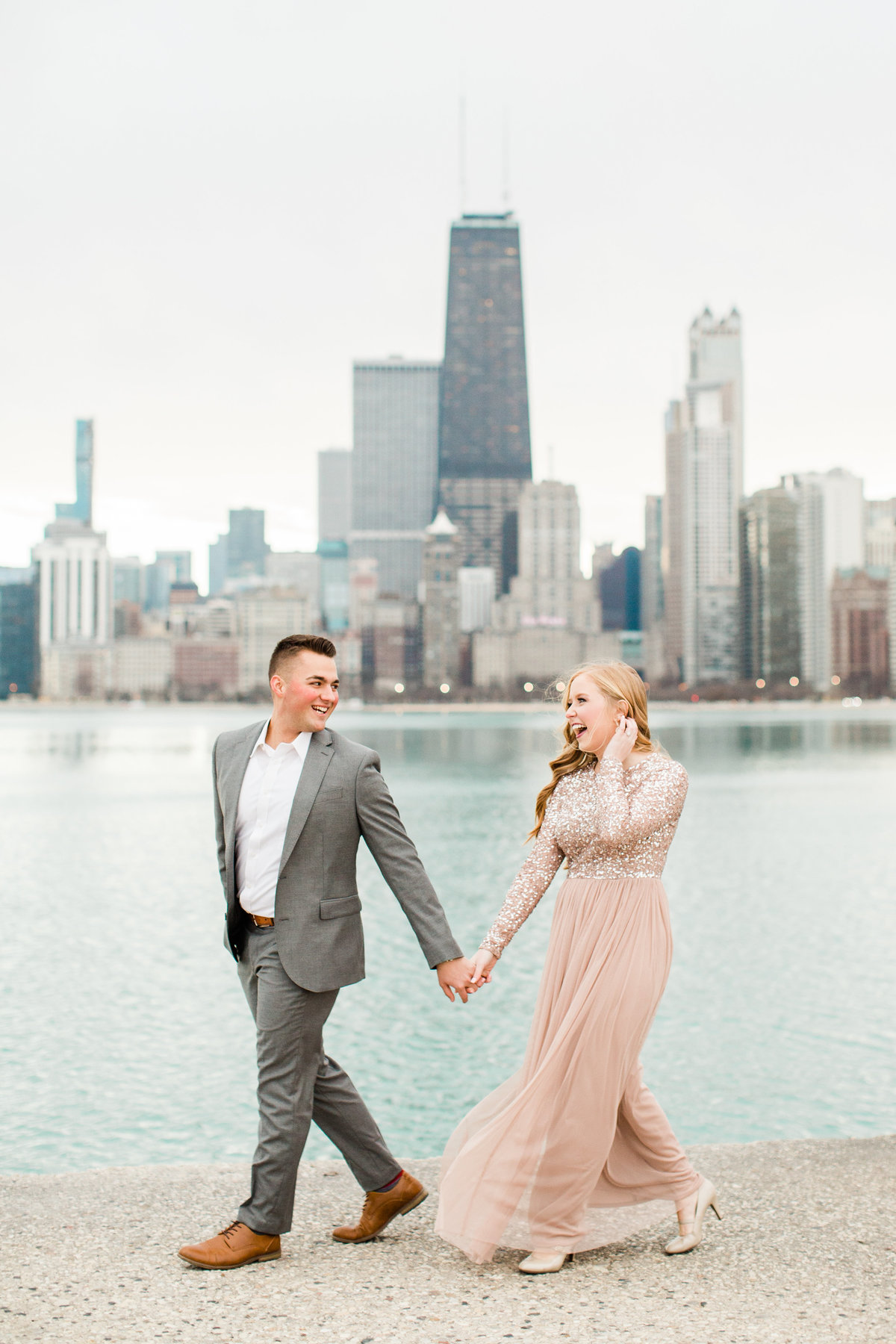 lindsey-taylor-photography-north-avenue-beach-chicago-engagement-photographer9