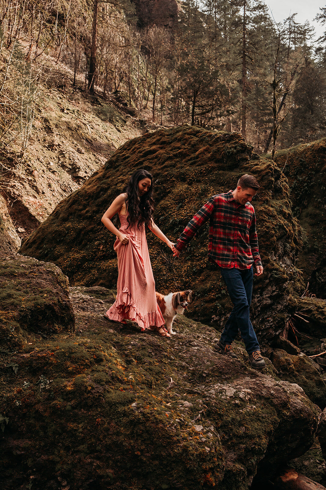 Portland-Oregon-Couple-Engagement-Photos-PNW-waterfall-adventure-session-130