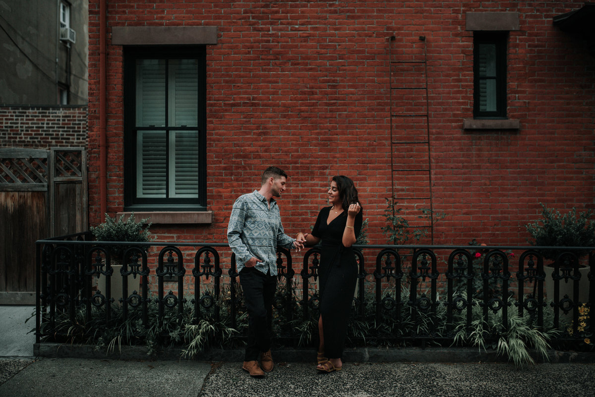 jersey-city-wedding-photographer-downtown-engagement-00013