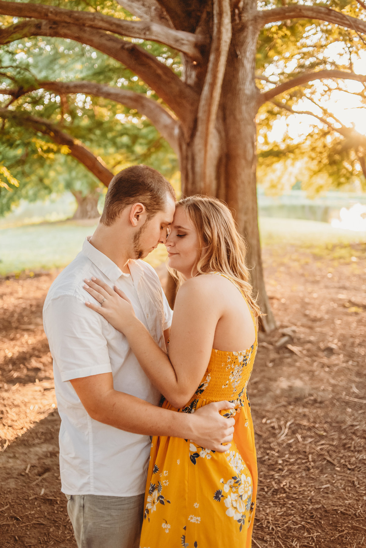 Kaitlyn+Ryan_Kansas Engagement Session_Shawnee Mission Park_Treolo Photography_31