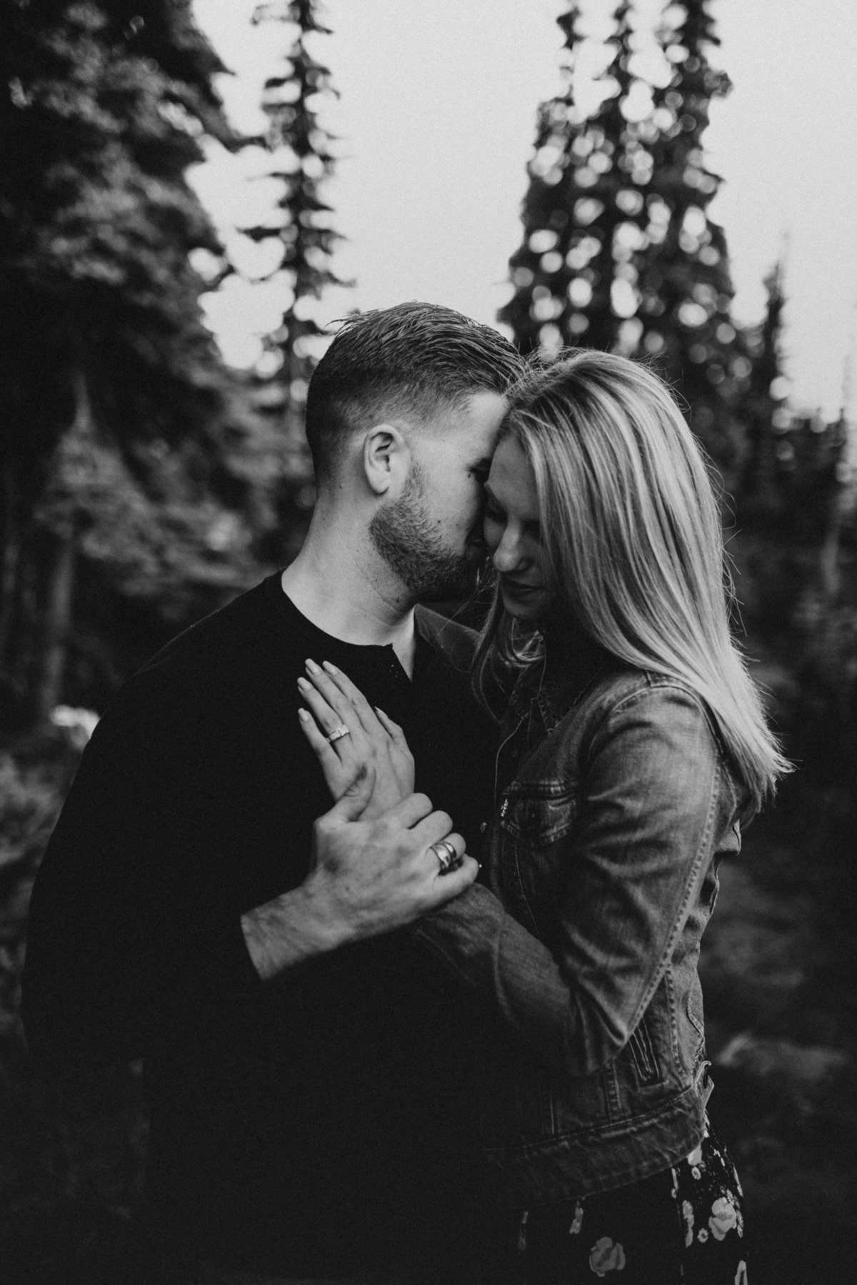 Marnie_Cornell_Photography_Engagement_Mount_Rainier_RK-13