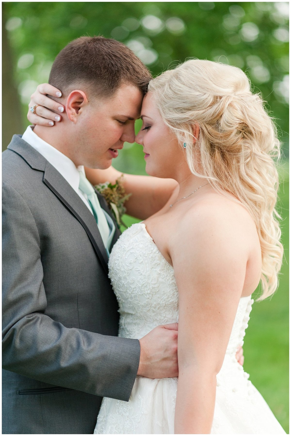 Heritage golf and country club wedding hilliard ohio wedding photos_0046