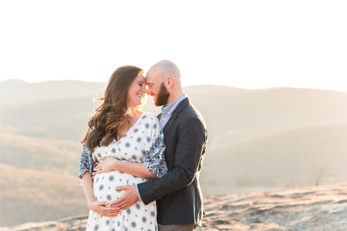 PORTFOLIO-2018-04-22 Kim and Jim Maternity Session 247107-Edit-17