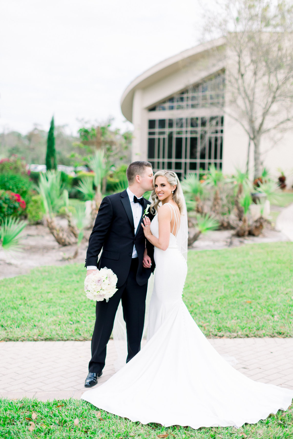 Samantha and CJ_Hyatt Regency Coconut Point_Shauna Favorites_Shauna and Jordon Photography41