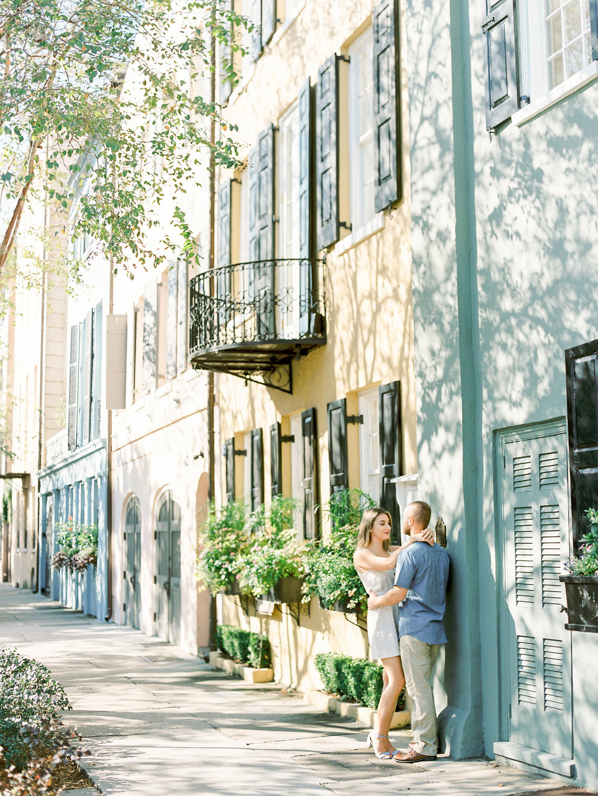 Rainbow-Row-Downtown-Charleston-Engagement-23