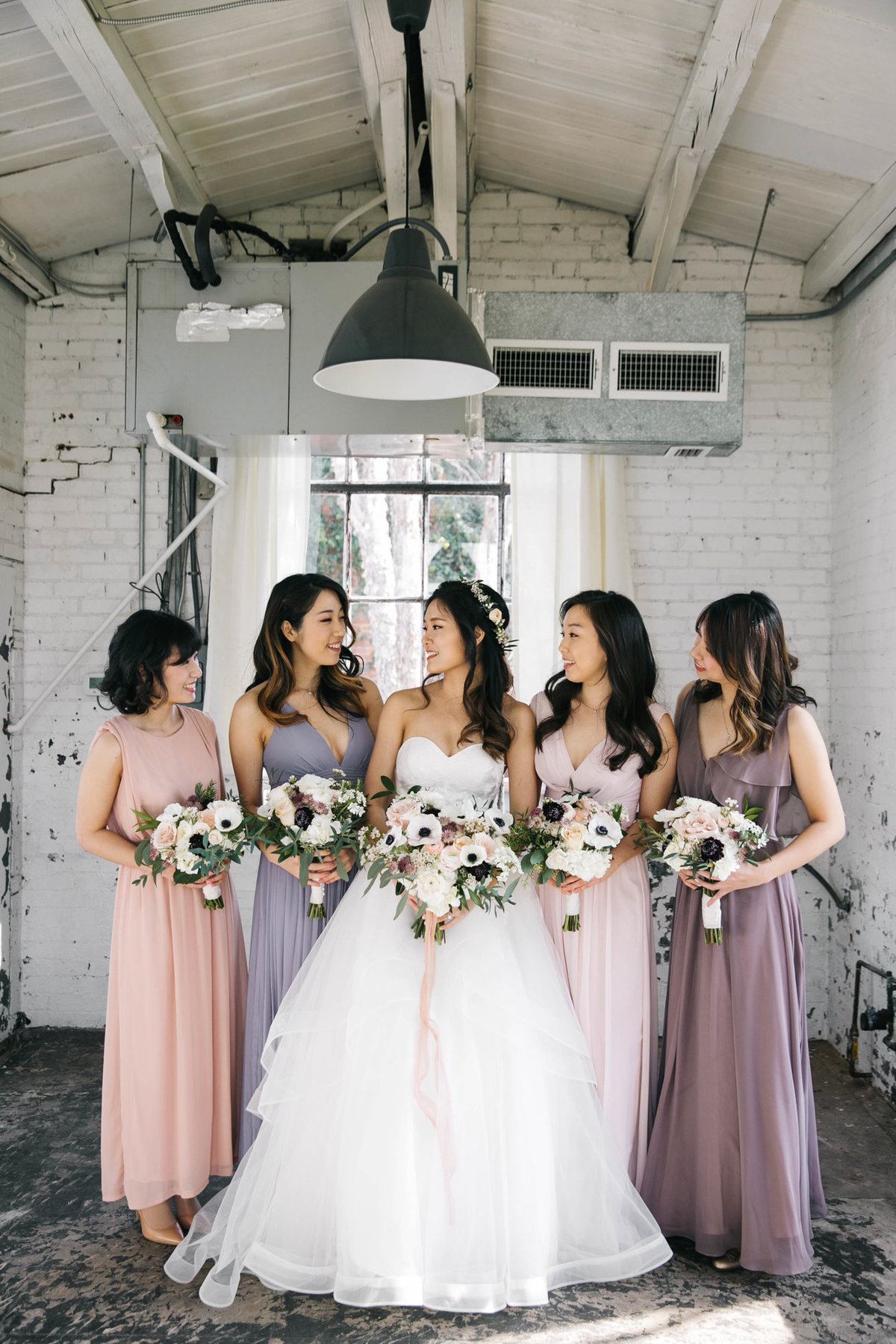 Dallas-Downtown-wedding-at-Hickory-Street-Annex-by-Julia-Sharapova-Photographer-75