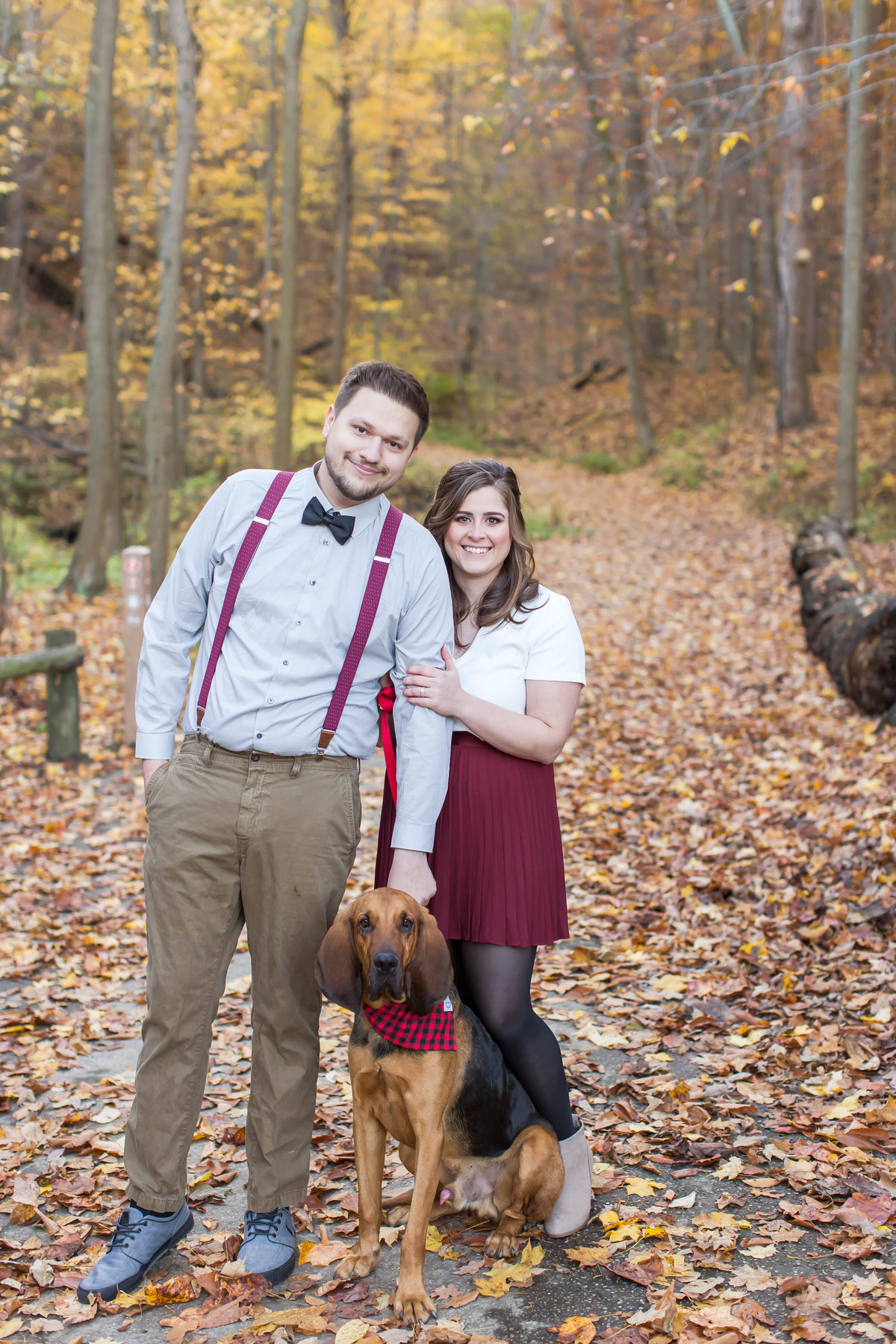 squires-castle-fall-engagement-photos, photographer akron ohio, loren jackson photography