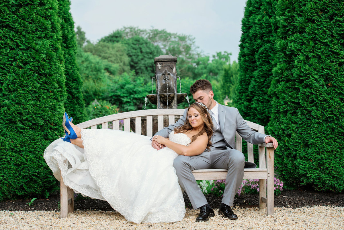bride and groom photo at Larkfield Manor