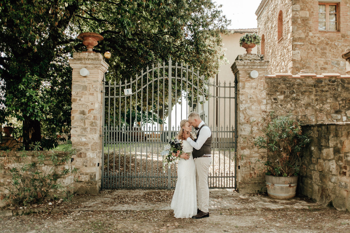 Intimate_Wedding_Photographer_Tuscany_Flora_and_Grace (113 von 227)