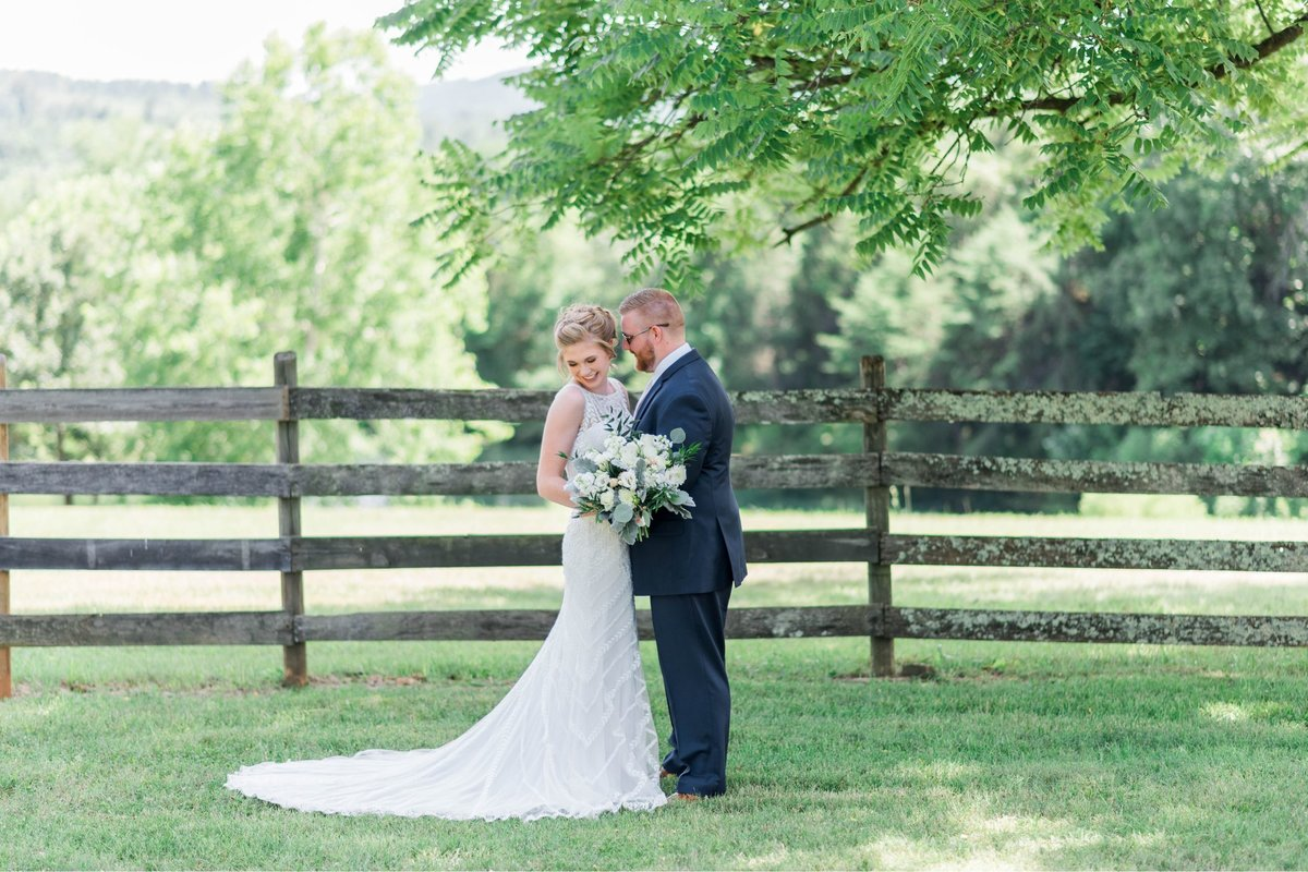 SorellaFarms_VirginiaWeddingPhotographer_BarnWedding_Lynchburgweddingphotographer_DanielleTyler+33