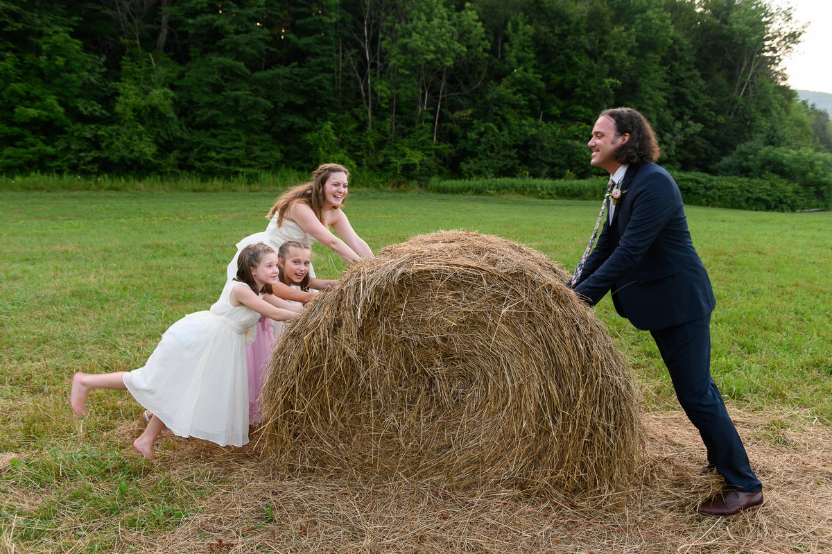 blended family at Vermont wedding photos