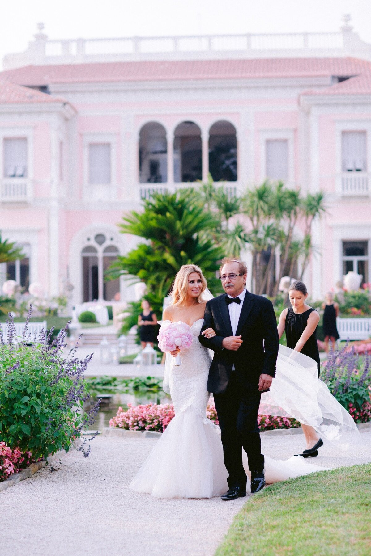 villa-ephrussi-luxury-wedding-phototographer-on-the-french-riviera (5 of 74)