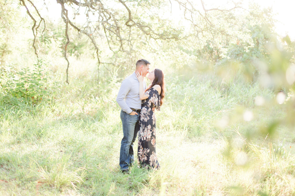 A Boerne Engagement Session at Cibolo Nature Center by Allison Jeffers Wedding Photography_004