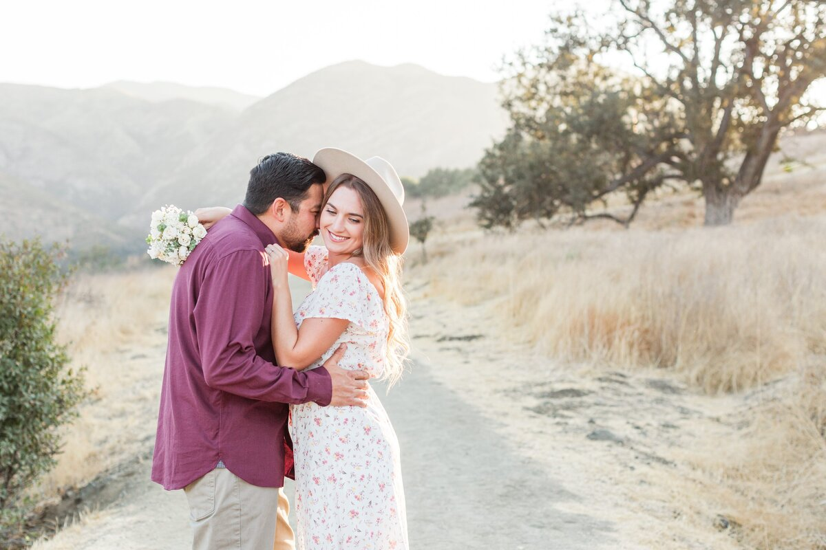 blog-Malibu-State-Creek-Park-Engagament-Shoot-boho-0051