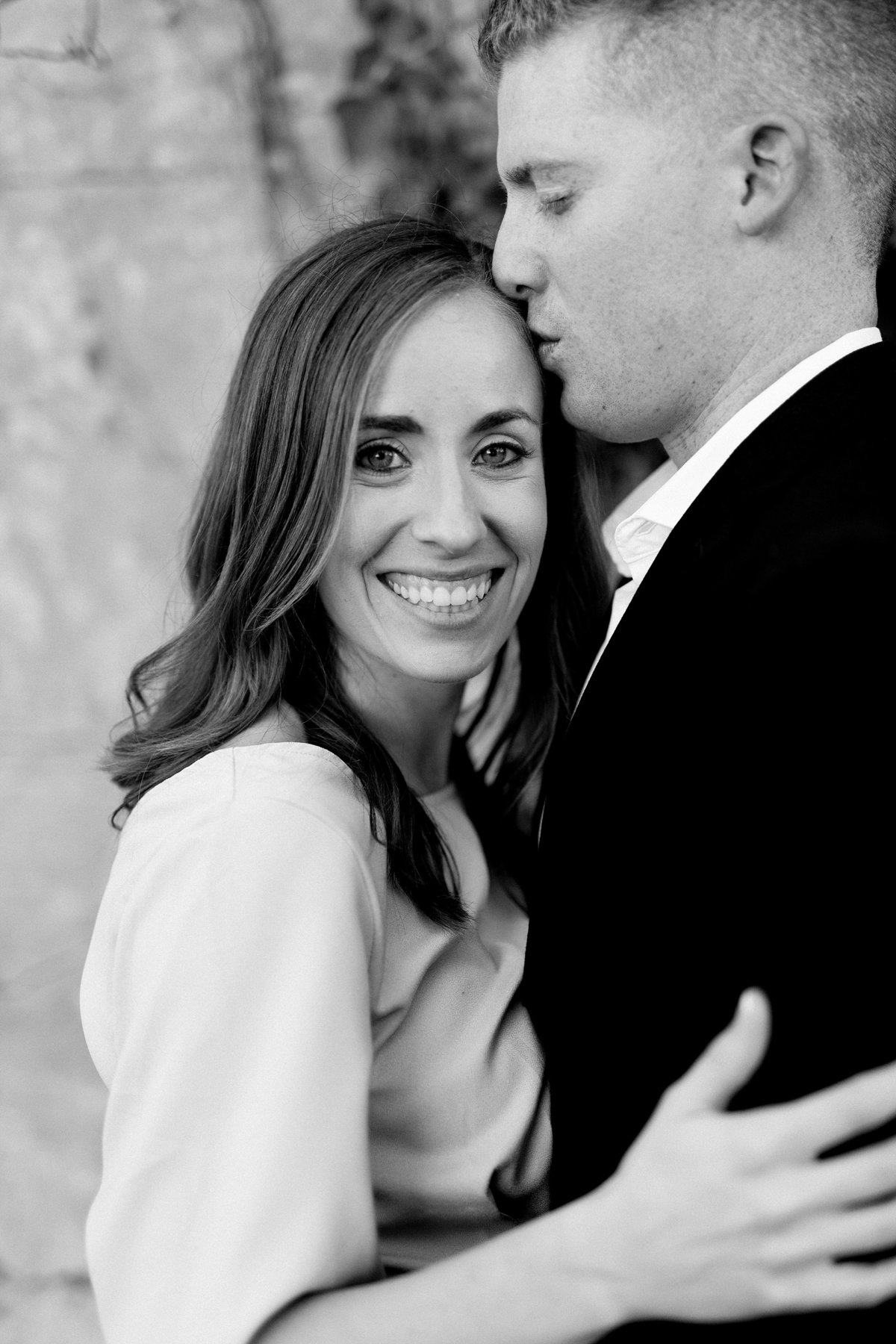 Amanda-Dylan-War-Memorial-Grosse-Pointe-Engagement-Breanne-Rochelle-Photography4