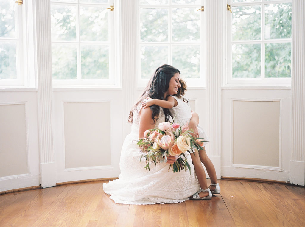 bride and flower girl greenville country club delaware florist