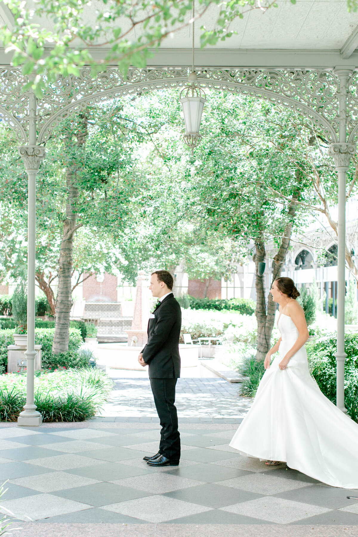 Wedding at the Crescent Court Hotel and Highland Park United Methodist Church in Dallas | Sami Kathryn Photography | DFW Wedding Photographer-47