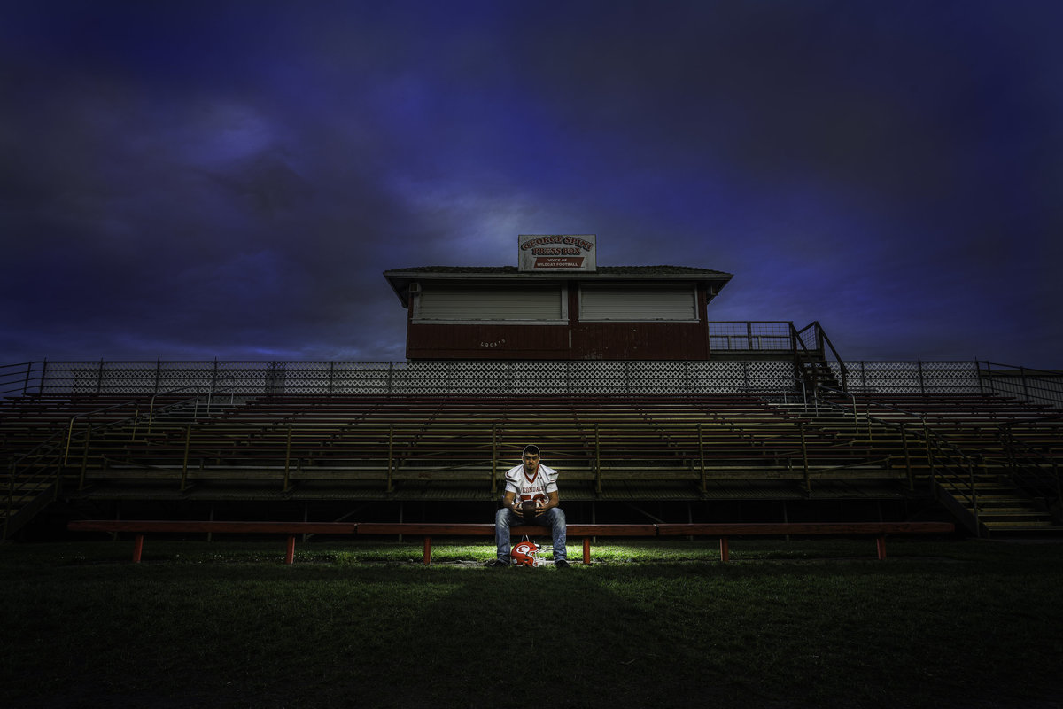 Redway-California-senior-portrait-photographer-Parky's-Pics-Photography-Humboldt-County-football-Ferndale-High-nighhttime-3.jpg
