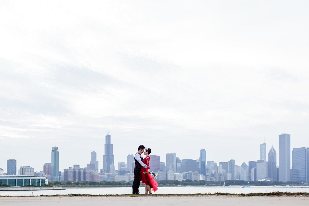 Adler-Planetarium-Elopement-Photos-Chicago
