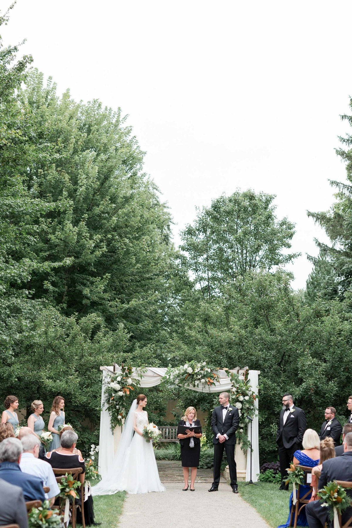 Maison Meredith Photography Wisconsin Wedding Photographer Real Wedding One 054