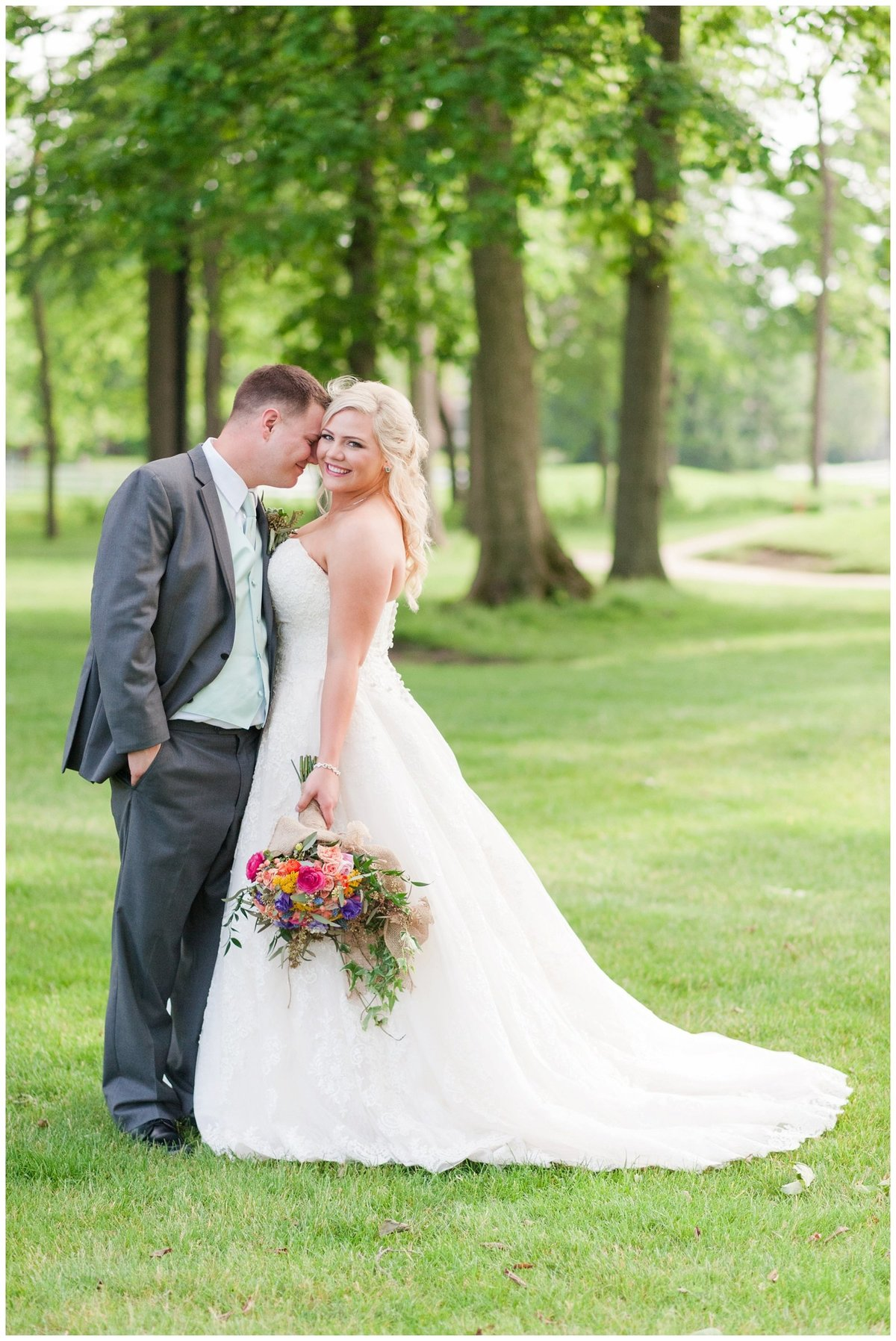 Heritage golf and country club wedding hilliard ohio wedding photos_0050