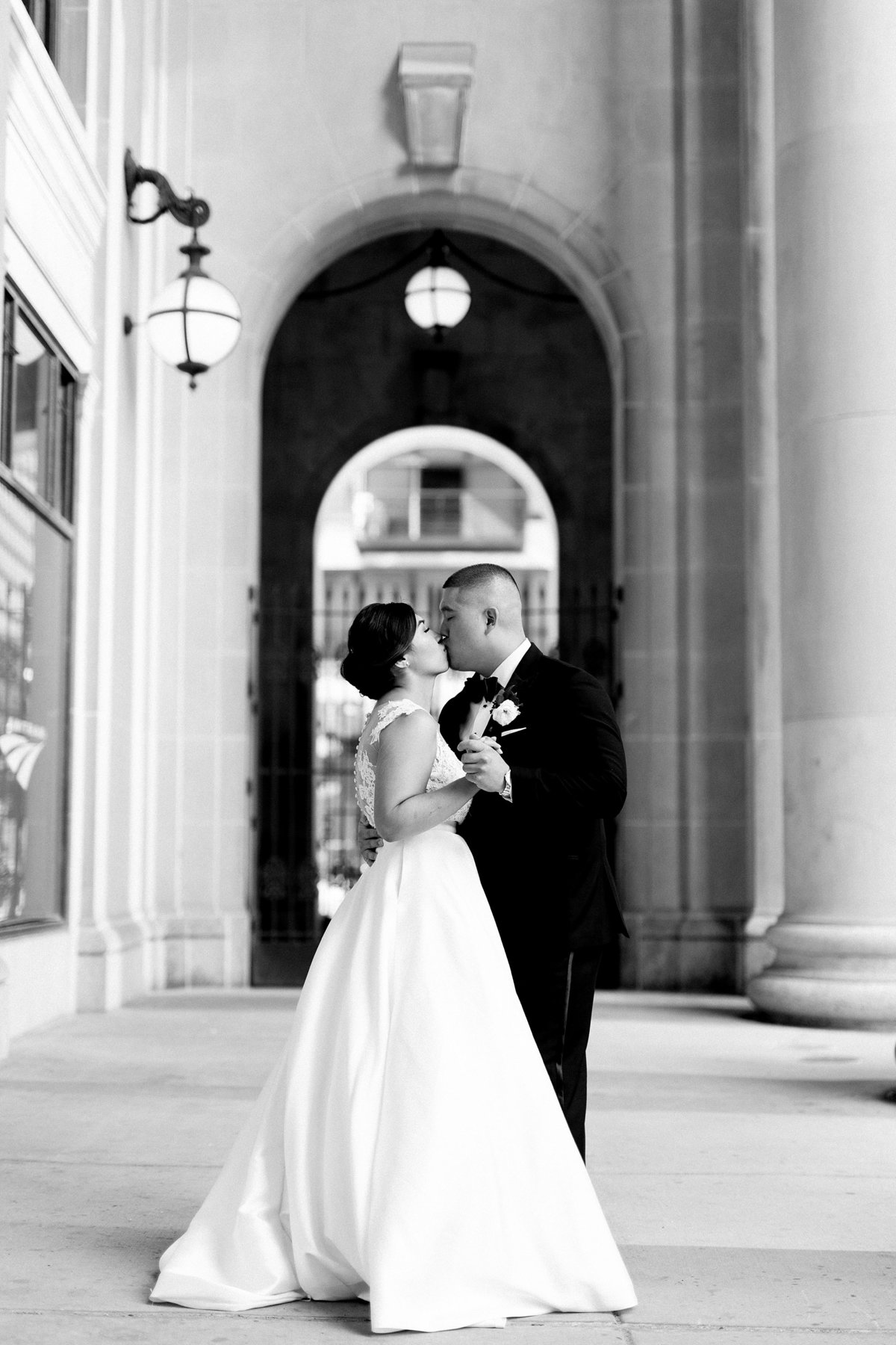 Jessica-Henry-Downtown-Chicago-Wedding-2018-Breanne-Rochelle-Photography70